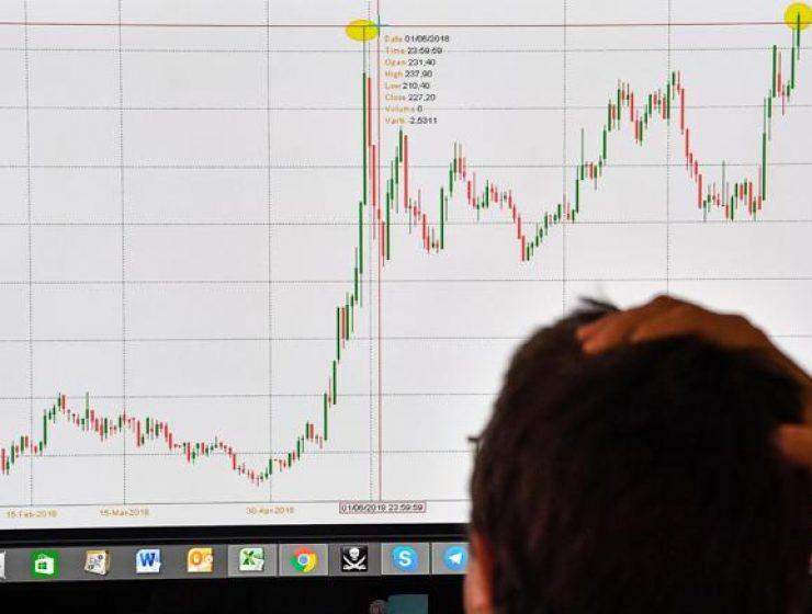 BTP Italia flop mentre si abbatte la tempesta su Wall Street