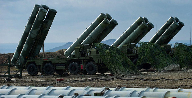 L'Ucraina cerca alleati mentre Putin militarizza la Crimea