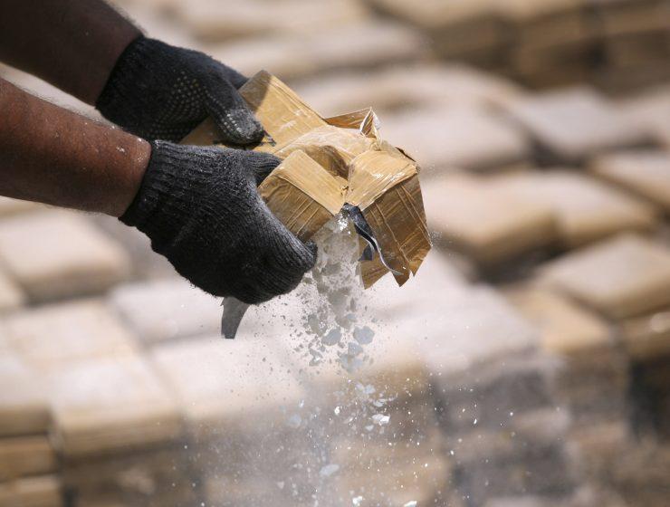 Sequestro record a Livorno: 644 kg di cocaina nel caffè