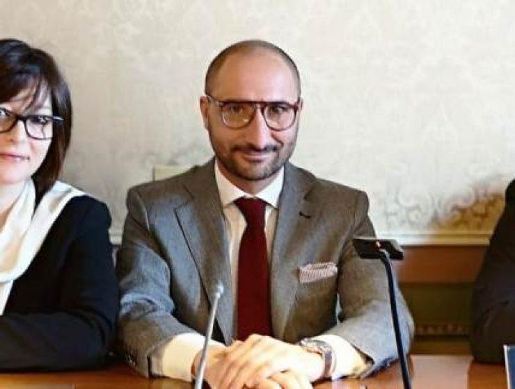 Sicilia, denuncia di M5s: l'Ars ha costi alti, ma assenteismo elevato