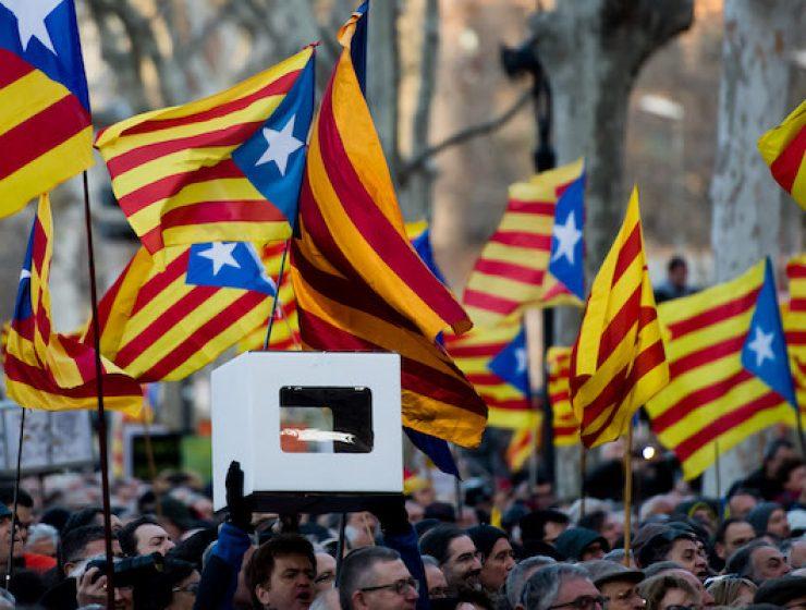 Spagna, inizia il processo agli indipendentisti catalani - MasterX