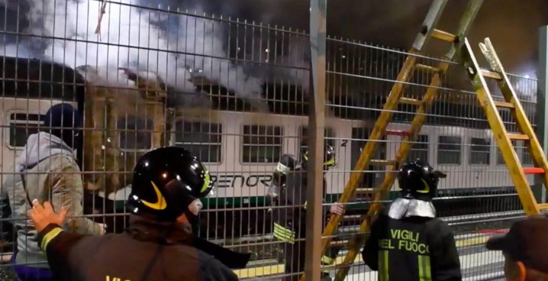 Milano, incendio nella stazione Greco Pirelli