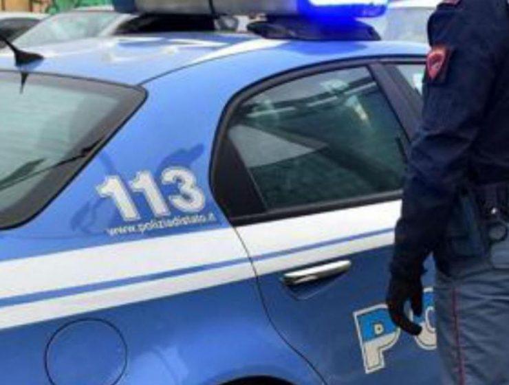 Pavia: non vuole abortire, il fidanzato la investe con l'auto