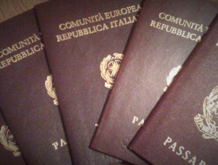 Falsa cittadinanza per 800 brasiliani. Arrestato anche un parroco