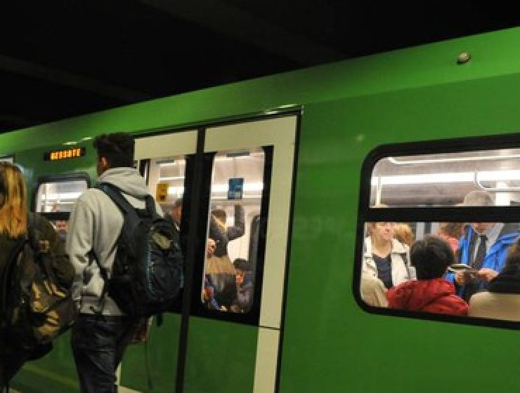 Milano, rallentamenti sulla M2 per lavori di rinnovamento fino al 9 maggio