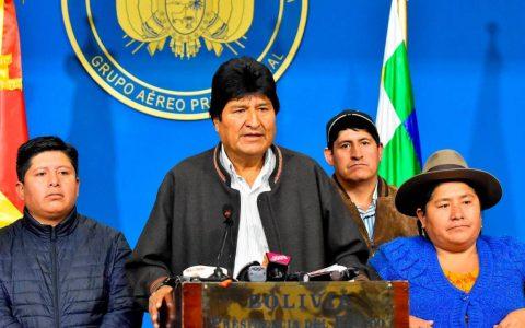 Bolivia, Evo Morales in esilio in Messico
