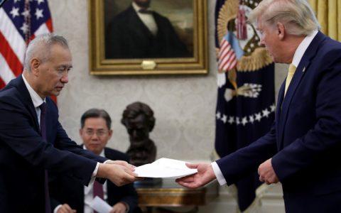 Usa-Cina: firmato accordo 'fase 1' della tregua commerciale