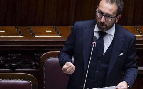 Italia Viva contro il blocco della prescrizione. Bonafede: «Renzi isolato»