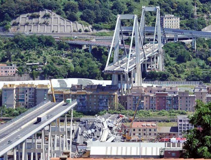 Revoca concessioni Autostrade: sì il M5S, no Renzi e incerto il Pd