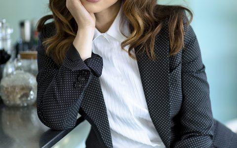 Chiara Francini: «Recito per ricevere amore dagli altri. La mia ironia? Una benedizione»